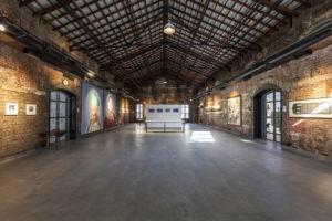 India: una fabbrica abbandonata viene ristrutturata e riutilizzata come centro espositivo