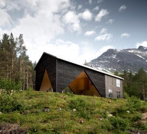 Norvegia: 1/3 House un edificio da ampliare nel tempo