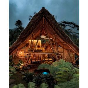 Bali: una glamping house interamente in bambù